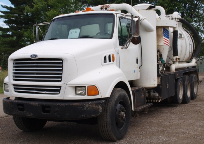 1998 Ford Keith Huber King Vac Vacuum Truck VT-31